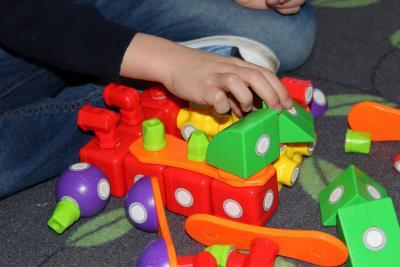 Klocki sensoryczne: co to jest, jakie mają opinie i które kupić dla dziecka?