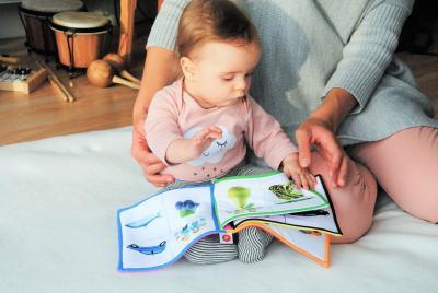 Od kiedy czytać dziecku, kiedy zacząć i jakie książki wybierać na początek?