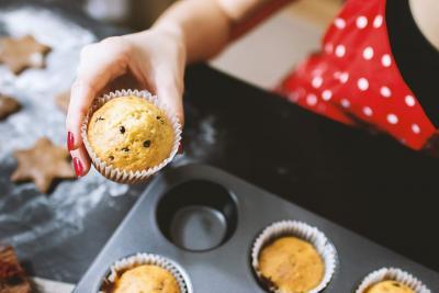 Słodycze w ciąży: galaretka, budyń, żelki i inne - co oznacza ochota na słodkie w stanie błogosławionym? Czy można je jeść?