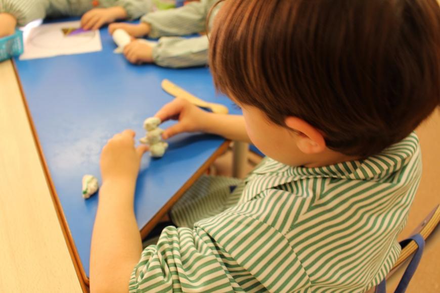 Zabawy z plasteliną dla dzieci i do przedszkola: pomysły i inspiracje
