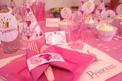 Kinder party – pomysły na zorganizowanie przyjęcia urodzinowego dla pociechy