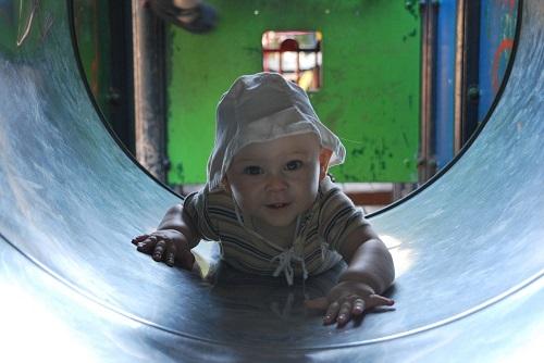 Żłobek - od jakiego wieku można posłać do niego dziecko?