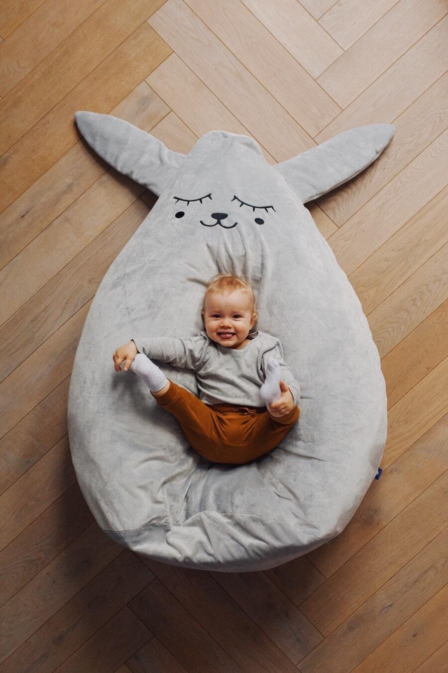 Puf fotel dla dziecka zając szary