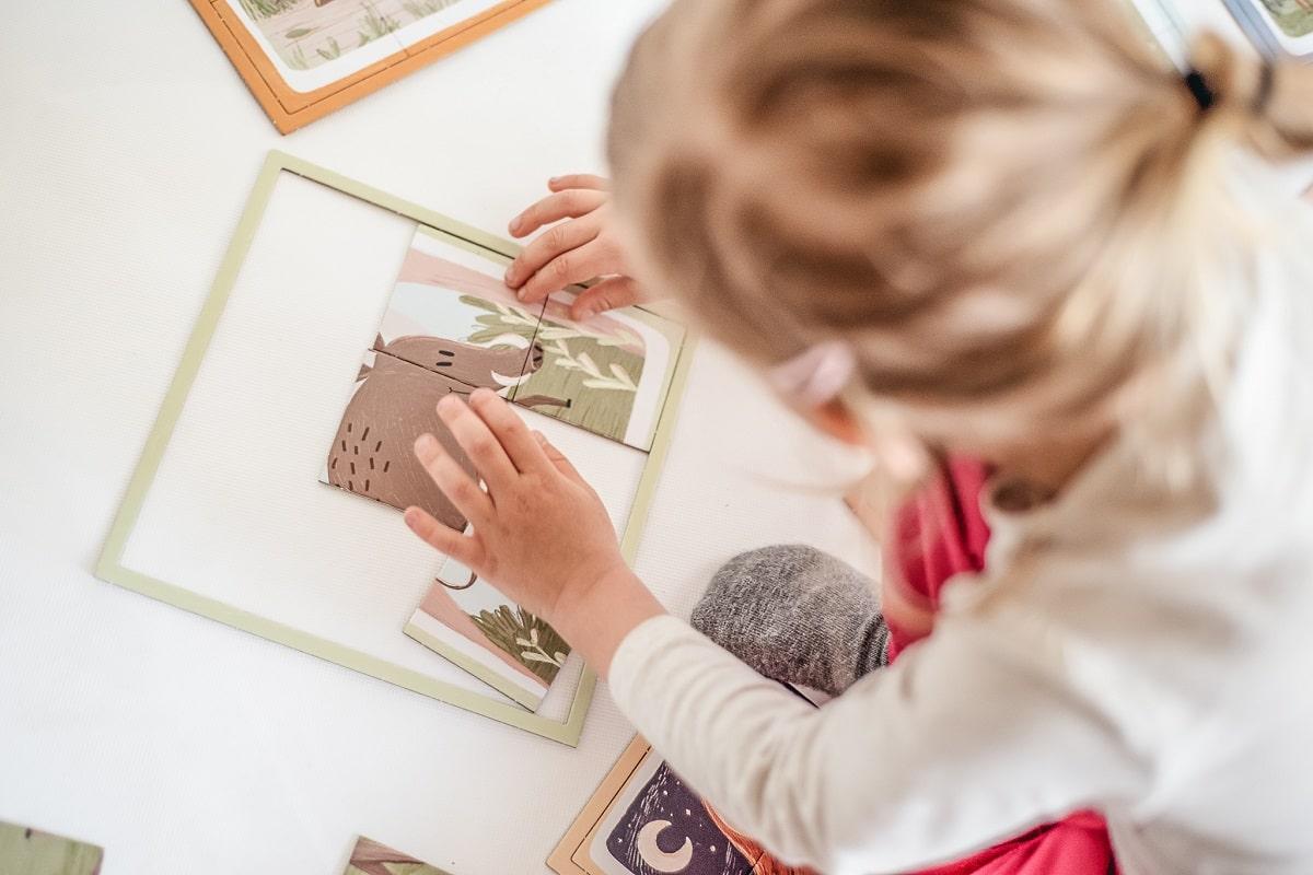 Wspomagajki 1,2,3! Układam Zwierzęta w lesie - układanka- gra pamięciowa dla dzieci od 2 lat